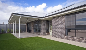 Rossdale Homes Calais alfresco side view