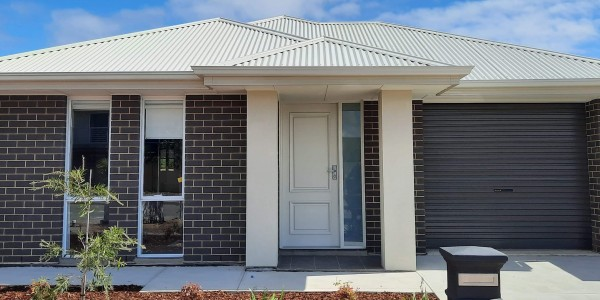 Invest Property Front elevation Seaford Meadows 8x3 web